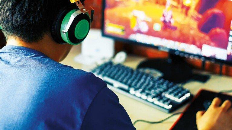 Massiv gestiegen: Die Zeit, die auch Jugendliche mit Gaming verbringen.