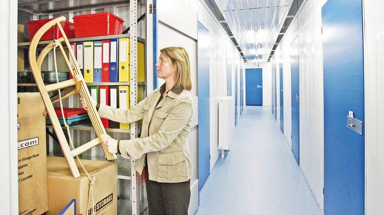 Anonym und steril: So sieht es in einem typischen Self-Storage-Gebäude aus.