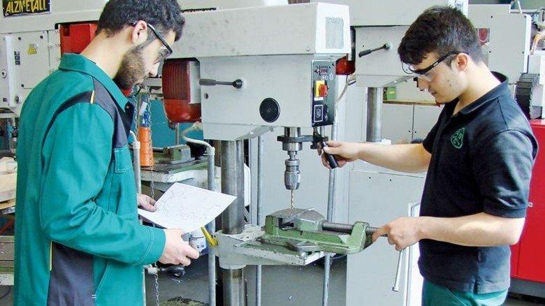 Grundlagen: Ein achtwöchiger Lehrgang bereitet auf den Einsatz im Betrieb vor. Foto: ABC