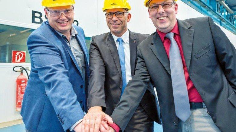 Brennstart: Sebastian Brunila, Stephan Schmees und Carsten Pengel (von links). Foto: Werk