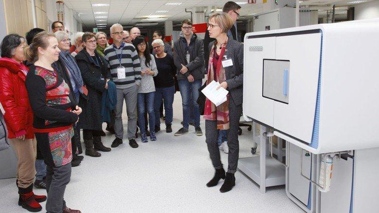 Siemens: Das Unternehmen lud zu einer informativen Rundfahrt durch den Hamburger Hafen.