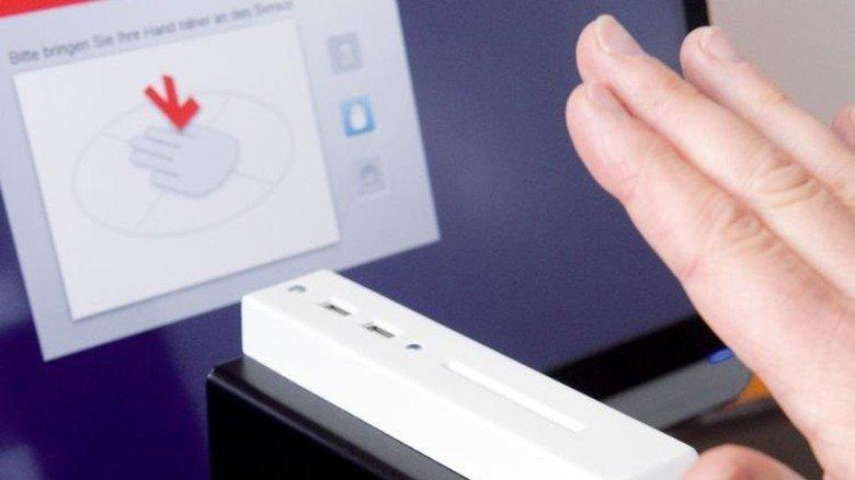 Hochfahren: Der Computer meldet sich nur an, wenn eine berechtigte Person ihn aktiviert. Foto: Puchner