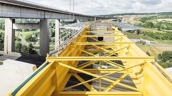 2017: Im Rahmen des Bundesverkehrswegeplans fließt besonders viel Geld nach Bayern. Ein Grund: die handlungsfähige Verwaltung hat die Pläne für den Ausbau der Infrastruktur schon in der Schublade. Foto: Bauer