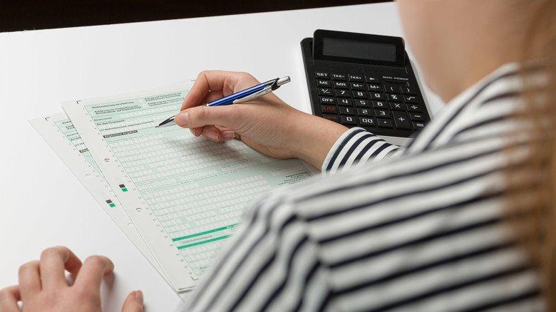 Wer einen Steuerfreibetrag eintragen lässt, ist dazu verpflichtet eine Steuererklärung anzugeben.