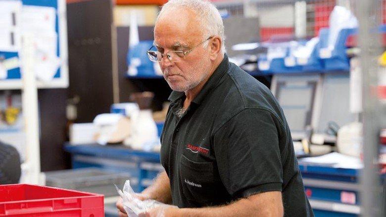 Alter Hase: Der 58-Jährige kennt die Firma und ihre Produkte wie kaum ein Zweiter. Foto: Stöcker