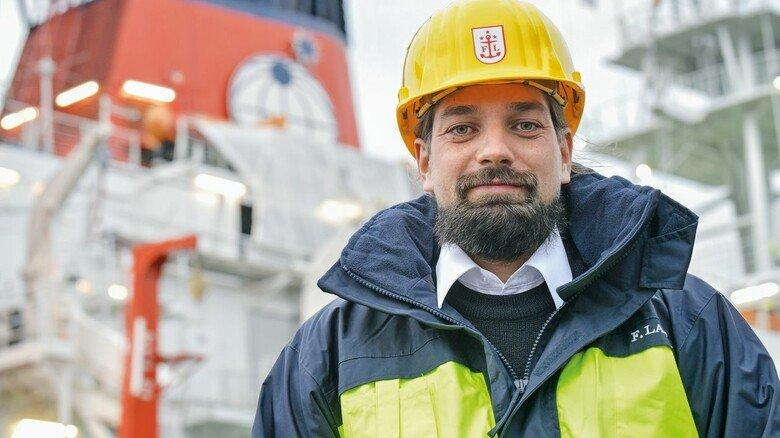 """Führungskraft: Moritz Langhinrichs, einer von drei """"Polarstern""""-Kapitänen, organisierte bei der Arktis-Expedition den Nachschub mit Lebensmitteln und Treibstoff  und begleitete den Crew- und Wissenschaftlerwechsel."""