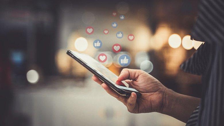 Schneller Kontakt: Um den Einsatz sozialer Netzwerke für Unternehmen ging es auf dem  4. Kommunikationsgipfel von Hessenmetall in Frankfurt.