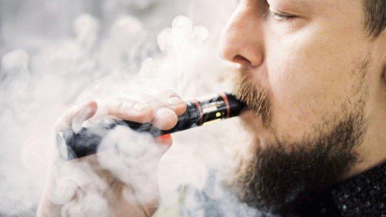 Neuer Trend: Immer mehr Menschen nutzen die E-Zigarette. Foto: Adobe Stock