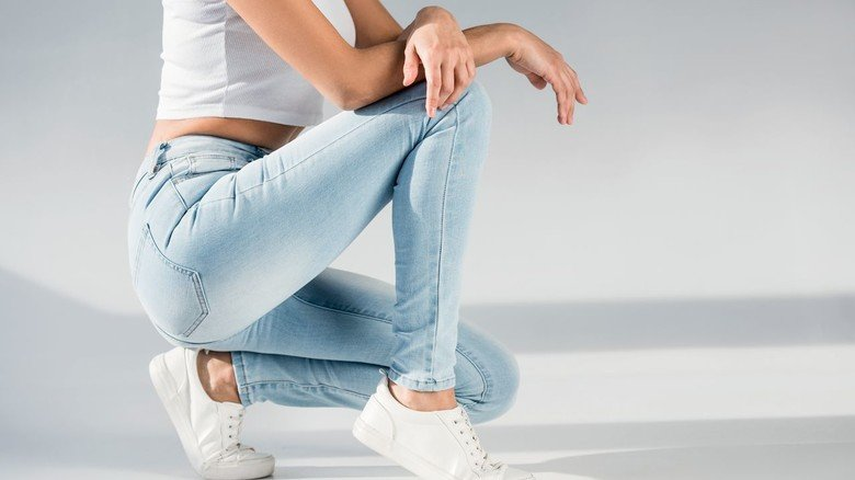 Marken-Jeans: 3 Euro hätten Verbraucher beim Kauf dieser Röhre gespart – wenn der Handel den Steuervorteil weitergibt. Ob das wirklich zum Hamsterkauf verführt?