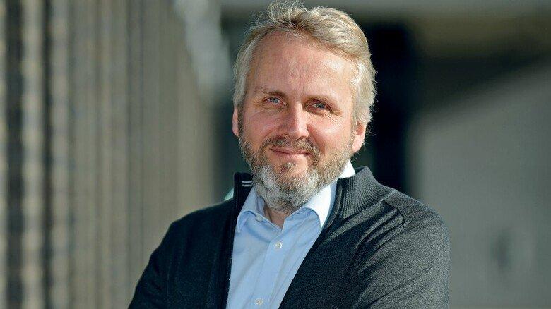 """Christian Decker, Geschäftsführer Desma Schuhmaschinen: """"Wir haben unser neues Werk nach modernsten Produktionsmethoden konzipiert und aufgebaut."""""""