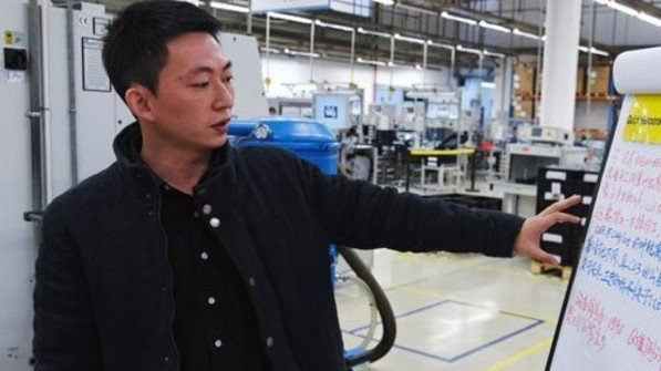 Im Aufwind: Jungmanager Jason Shen gehört zur gut ausgebildeten Elite des Landes. Foto: Roth
