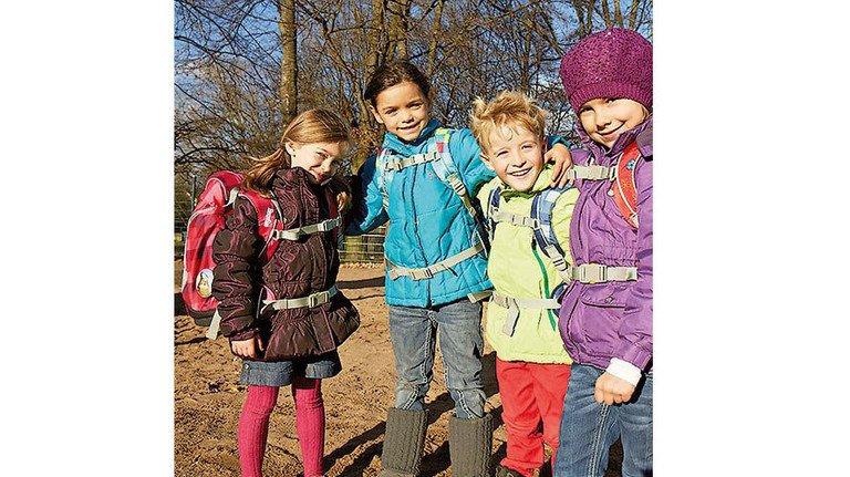 Mehr als ein Bücherbehälter: Kinder signalisieren mit dem Schulrucksack ihre Interessen. Foto: Werk