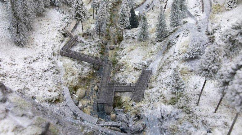 Romantisch: Dieses Modell einer verschneiten Landschaft ist eine Auftragsarbeit für die Stadt Triberg. Foto: Eppler