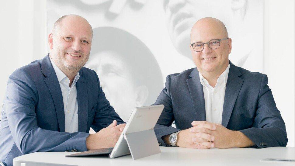 Frank (links) und Horst Keller, Geschäftsführer bei Keller Lufttechnik in Kirchheim/Teck. Das Unternehmen mit 360 Beschäftigten produziert Absauganlagen, die in der Industrie für reine Luft sorgen.