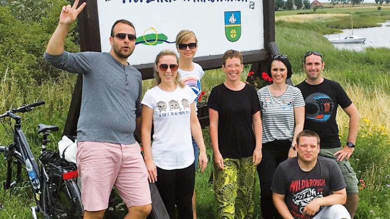 Sportlich: Das Rad-Team von HNP Mikrosysteme auf der Insel Poel. Foto: Werk