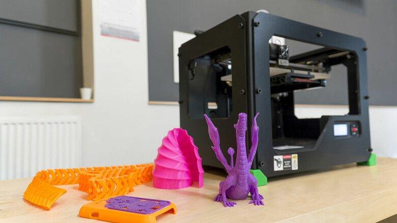 Figuren in allen Variationen: Mit einem 3-D-Drucker kann man seiner Fantasie freien Lauf lassen.
