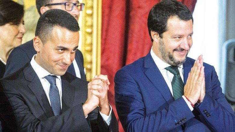 Die Strippenzieher: Arbeitsminister Luigi Di Maio (links) und Innenminister Matteo Salvini sind die starken Männer in Rom. Foto: Getty