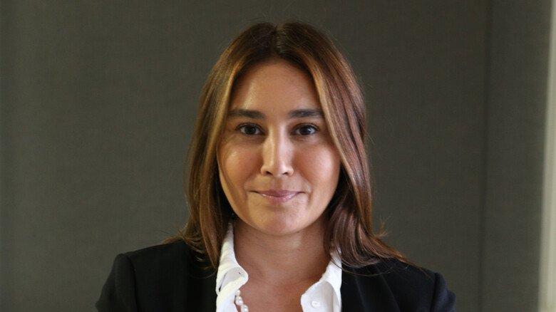 Arbeitsrechtlerin Huelya Senol: Sie rät dazu, über das Thema unbezahlter Urlaub offen und frühzeitig mit dem Chef zu sprechen.