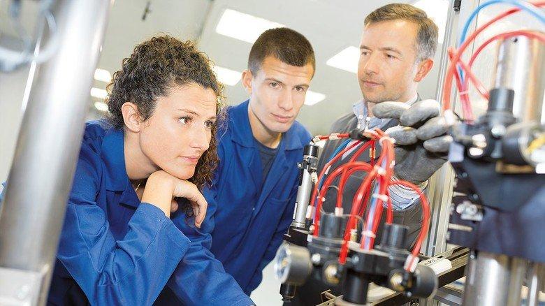 Beste Chancen für Azubis: Gerade Nachwuchs mit dualer Ausbildung ist in bayerischen Unternehmen gefragt.