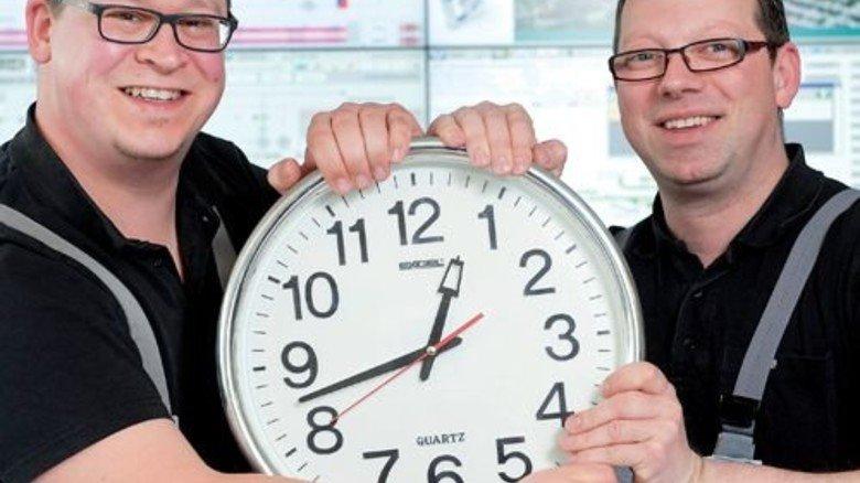 Sie finden den Zwei-Tage-Rhythmus prima: Holger Westphal (links) und Dominik Ohms. Foto: Moll
