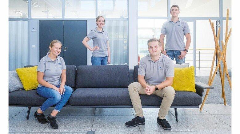 Neugierig auf den Beruf: Freja Böger, Sarah Henneke, Erik Hantscho und Jannes Lange (von links) packen es an.