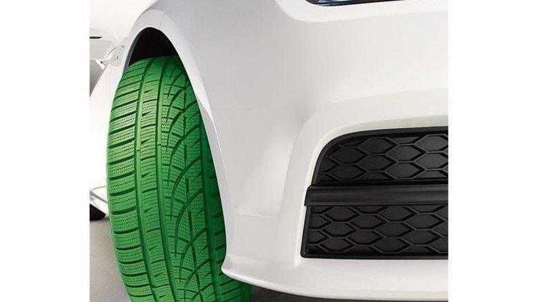 """""""Grüne"""" Reifen: Hochleistungspneus senken Rollwiderstand und Spritverbrauch. Foto: Werk"""