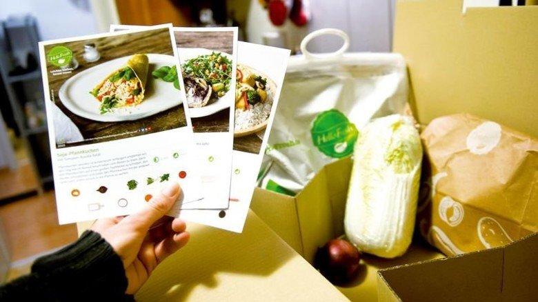 Inklusive Rezept: In der Box ist alles drin, was man fürs Abendessen braucht. Foto: dpa