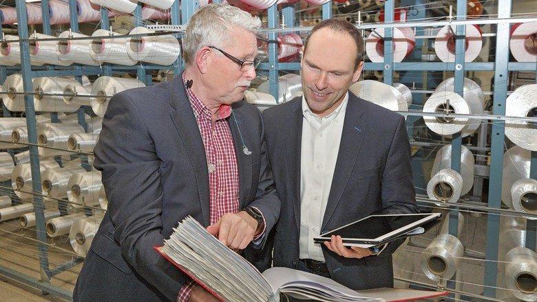 Die Zahlen sehen gut aus: Frank Neuber und Dirk Renner (rechts).
