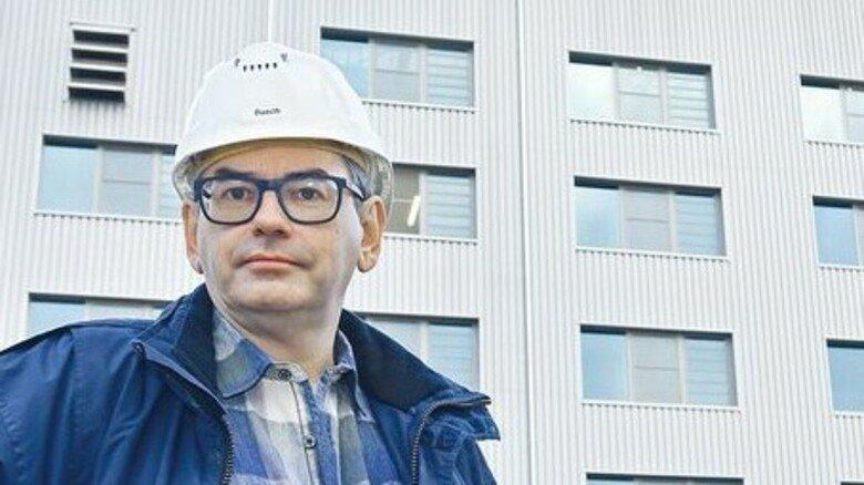 """Projektleiter Oliver Busch: """"Ein gutes Gefühl, zur Weiterentwicklung des Unternehmens beitragen zu können.""""  Foto: aktiv/ Roland Sigwart"""