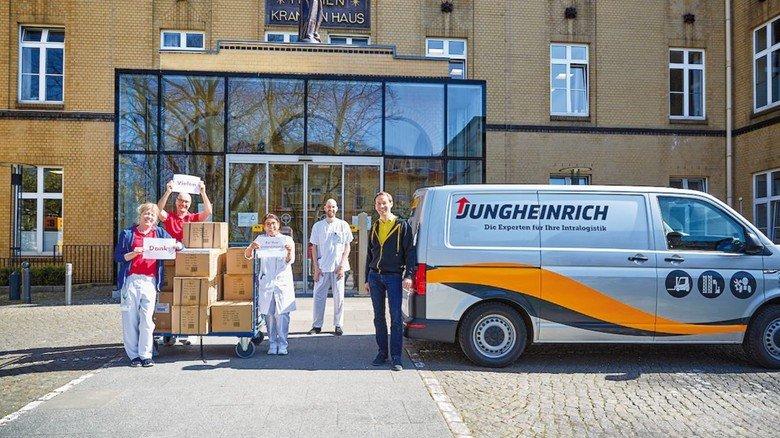 Jungheinrich: Der Intralogistik-Spezialist stiftete 1.000 Masken für ein Hamburger Krankenhaus.