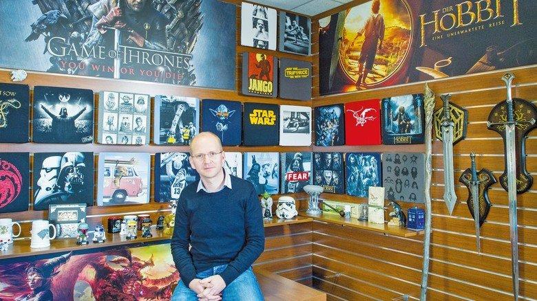 Macht in Fantasy: Dirk Wiedenhaupt, Chef des Fanartikel-Unternehmens Elbenwald. Der Mann weiß schon einiges, das im Serienfinale so passiert. Er sagt aber leider nix!