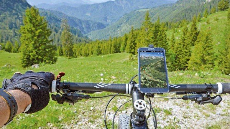 Hilfreich: Mit 3-D-Karten samt Positionsbestimmung und Streckeninfos findet jeder Mountainbiker ins Tal. Foto: Reality Maps