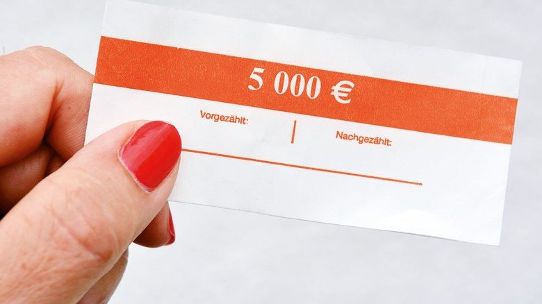 Bekannte Beispiele aus der Produktpalette: Im Hera-Angebot ist die Banderole für Geldscheine ebenso...