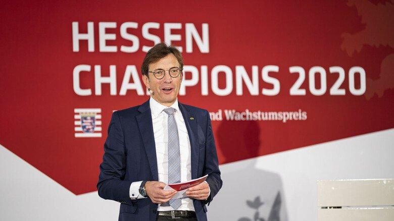 Zeigte sich bei der Siegerehrung tief beeindruckt vom zupackenden Lösungswillen und der ungebrochenen Zuversicht der Finalisten 2020: VhU-Präsident Wolf Matthias Mang.