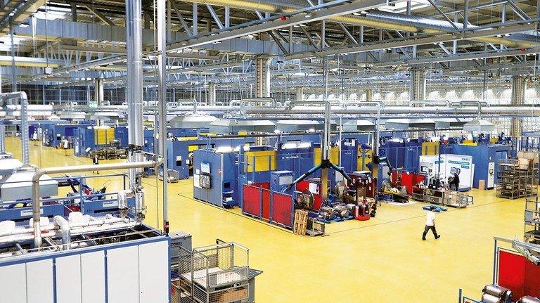 Stillstand: In vielen Betrieben ruht derzeit die Produktion.
