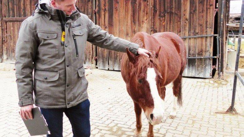 Geschafft: Dieses Tier folgt ihm am Ende der Schulung fast blind. Foto: Werk