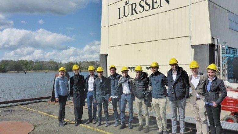 Austausch: Junge Jacht-Designer zu Gast bei Lürssen. Foto: Werk