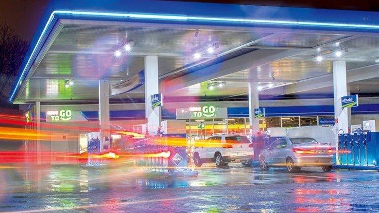 Tanken wir hier bald synthetische  Kraftstoffe? Sie sind klimaneutral, aber noch nicht marktreif. Foto: Straßmeier