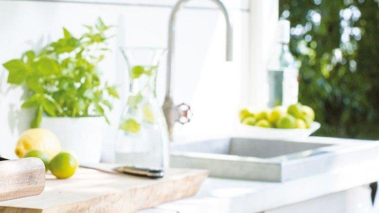 Fließend Wasser: Selbst der Abwasch findet unter freiem Himmel statt. Foto: WWOO