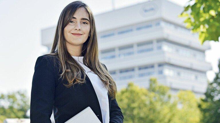 """""""Es liegt in meiner Verantwortung, die Zukunft mitzugestalten"""", sagt Marianna Leshchenko von Roche Mannheim."""