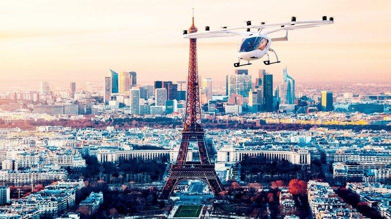 2024 ist es soweit, das ist zumindest der Plan von Volocopter in Bruchal: Dann sollen die ersten Flugtaxis der Firma über Paris schwirren – zu den Olympischen Spielen.