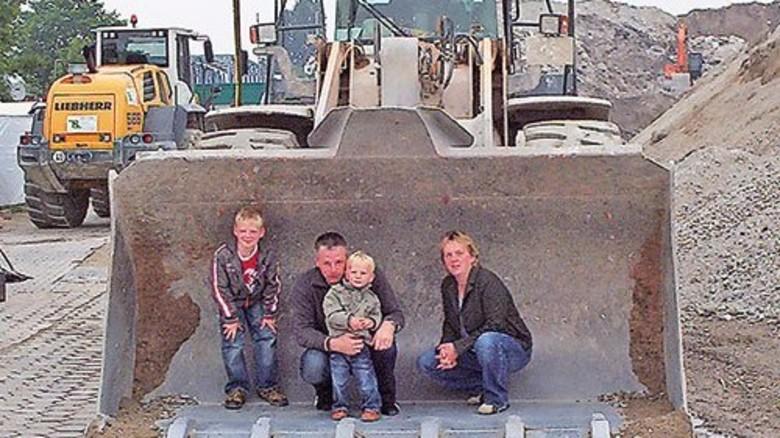 Familientauglich: Beim Baggern kommen auch die Kleinsten auf ihre Kosten … Foto: Veranstalter