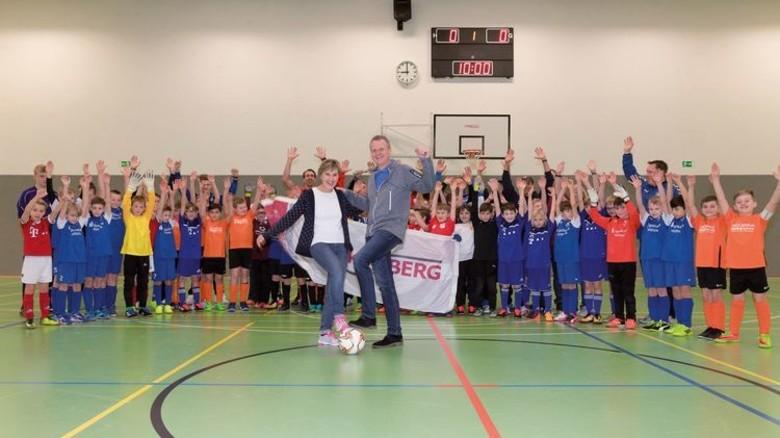 Kicken für den guten Zweck: Teilnehmer am Mankenberg-Cup 2018. Foto: Veranstalter
