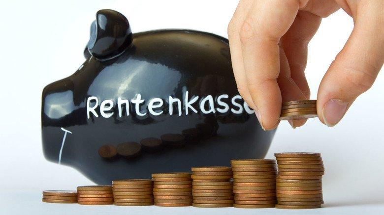 Sparen fürs Alter: Man kann in die Rentenkasse auch freiwillig einzahlen.