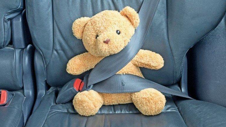 Bitte gaaanz sachte: Wer gelassen fährt, fährt sicherer – und spart bei der Police. Foto: Thinkstock