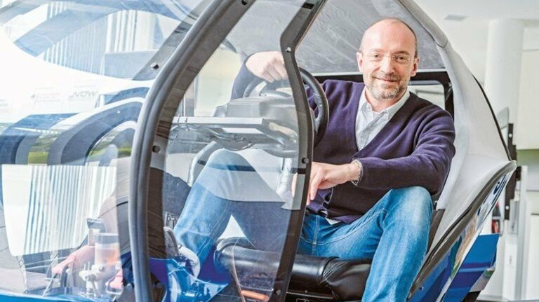 Steuermann: Professor Andreas Dengel, Leiter des DFKI-Standorts Kaiserslautern, ein Forscher von Weltruf. Foto: Roth