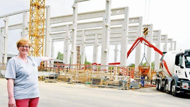 Der Job wird moderner: Im Herbst soll die neue Logistikhalle fertig sein. Foto: Scheffler