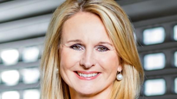 """""""Wir schaffen Voraussetzungen für die digitale Transformation."""" Ariane Reinhart, Personalvorstand Continental AG. Foto: Werk"""