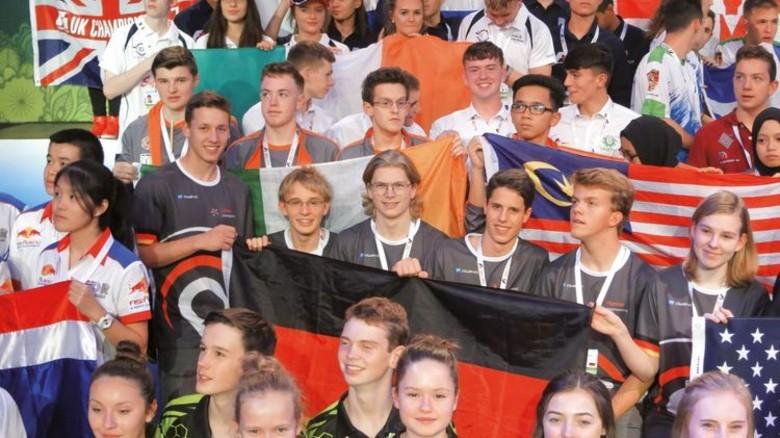 Abschlussfeier: Das norddeutsche Team im Kreis der anderen Weltmeisterschafts-Teilnehmer. Foto: Privat