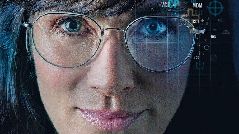 Guter Durchblick: Biometrie hilft, Brillengläser jetzt noch besser anzupassen.